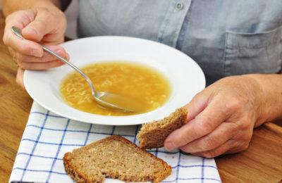 Posiłki dla osoby samotnej<br /> <strong>przez 2 miesiące</strong>